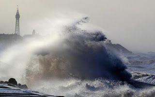DAILY BREAKING NEWS Severe storm batters western Europe; 1 dead 23 injured http://ift.tt/2CQJ5c5