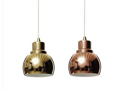 liten taklampa Shine i mässing eller koppar, Designtorget 395 kr dessa är ju ganska små dock