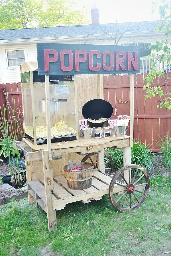 1000 ideas about pallet night stands on pinterest night - Carrito camarera ...