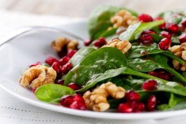 Insalata natalizia con chicchi di melograno e spinacini | Cambio cuoco
