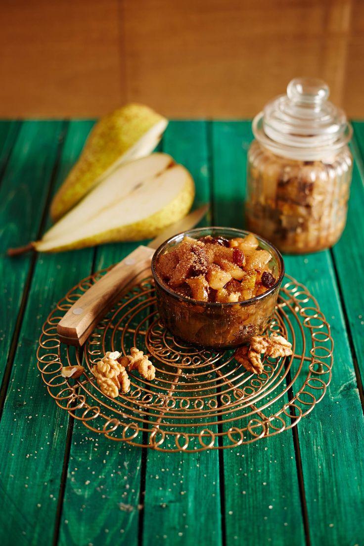 Podzimní hruškové čatní s vlašskými ořechy a rozinkami