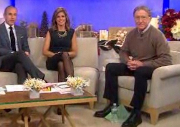 """""""Today"""" Show Anchor Retires, Has Emotional Farewell"""