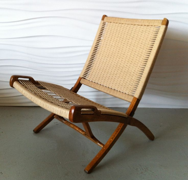 Wegner Style Yugoslavian Folding Rope Chair Vivienne Has