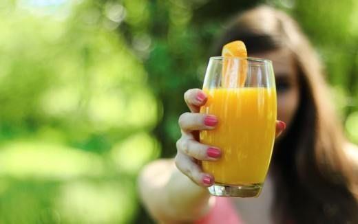 ДИЕТА ВЕЧНОЙ МОЛОДОСТИ. УЧЕНЫЕ ВЫЯСНИЛИ, ЧТО НУЖНО ЕСТЬ, ЧТОБЫ НЕ СТАРЕТЬ. Некоторые продукты питания способны активировать работу омолаживающих генов, утверждают исследователи.  Забудьте о строгих диетах, подсчете калорий и отказе от сладкого. Рецепт здоровья и вечной молод…