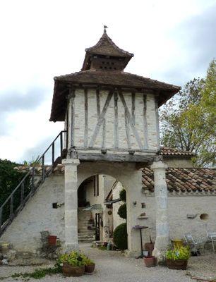 Labastide-de-Penne: au lieu-dit la Burgade. 82 Tarn et Garonne
