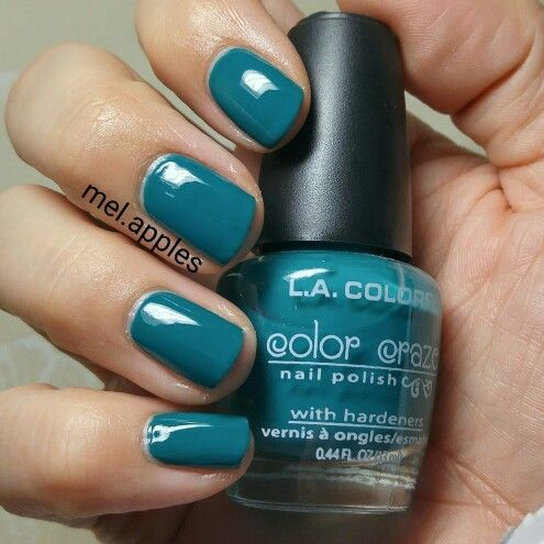 L.A. Colors Color Craze Atomic CNP420 (A). Green teal cream. This formula was very streaky on the first coat. I used two thicker coats for a total of three coats. Thinner coats are streaky but it's smooth and self levelling with thick coats.