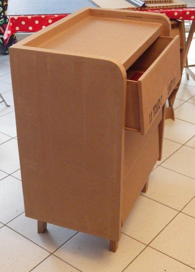 Meuble 3 Tiroirs 4 Atelier Meme Moi A La Croix Rousse Lyon Meuble En Carton Mobilier En Carton Tiroir