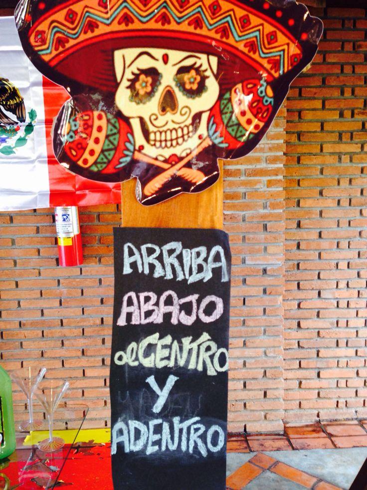 Caveira mexicana, placa de tequila!!!                                                                                                                                                      Más