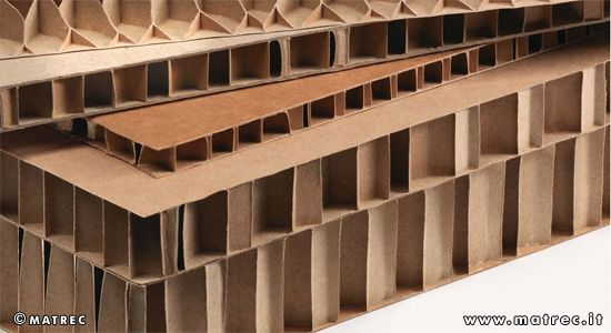 MATREC code: RNPAPPAP0024 Honeycomb panel made of recycled paper.