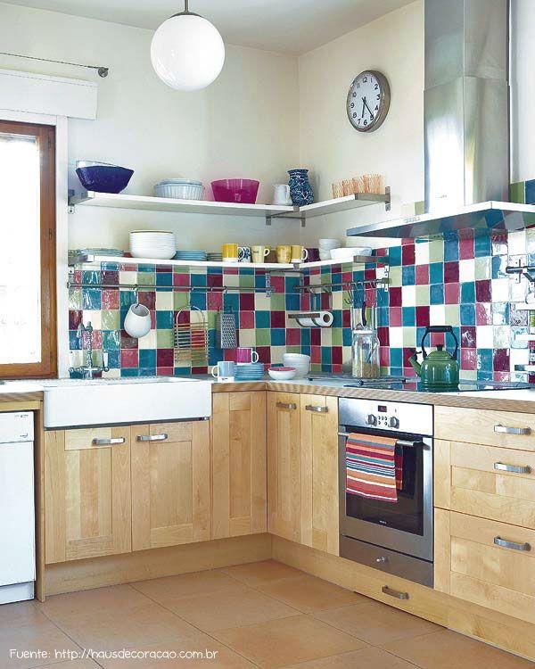 Patchwork con azulejos de colores.