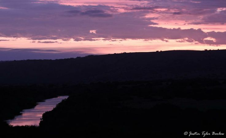 Sunset on Amakhala { Photographed by: Justin Barlow}. #sunset #amakhala #safari