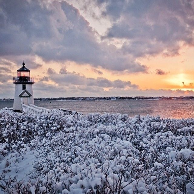 10 Lovely Lighthouse Photos From This Winter in Massachusetts | Massachusetts Lighthouses