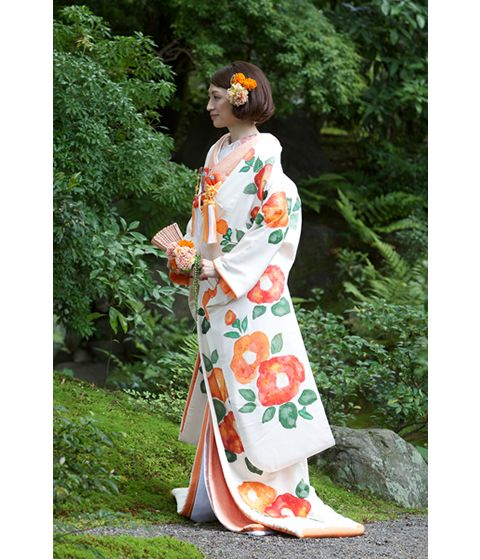 http://www.tagaya.co.jp/kimono/img/uchikake/pic/pic_23.jpg