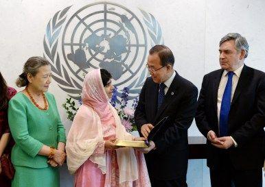 Crazy Cruises Sarà il premio nobel Malala Yousafzai la madrina di Celebrity Edge premio Nobel per la pace Malala Yousafzai madrina di Celebrity Edge Malala Yousafzai Lisa Lutoff-Perlo I Am Malala He Named Me Malala Fondo Malala Celebrity Cruises   Crazy Cruises Sarà il premio nobel Malala Yousafzai la madrina di Celebrity Edge premio Nobel per la pace Malala Yousafzai madrina di Celebrity Edge Malala Yousafzai Lisa Lutoff-Perlo I Am Malala He Named Me Malala Fondo Malala Celebrity Cruises…