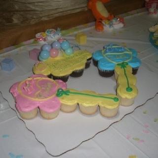 Buttercream Cupcakes Baby Shower Idea Jungle Cake