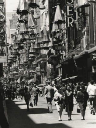 Calle Florida (c. 1950) - Sameer Makarius
