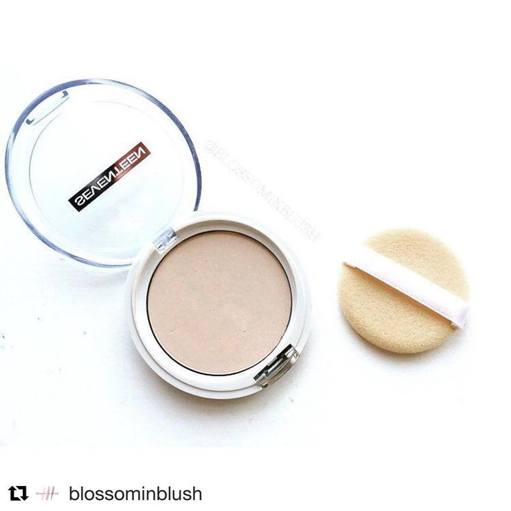 Our Natural Silky Compact Powder offers you a beautiful, radiant complexion…