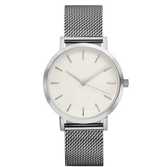 montre minimaliste argenté. La montre au style chic et décontracté le cadeau tendance! Montre maille milanaise. Livré avec emballage cadeau. Livraison 24h
