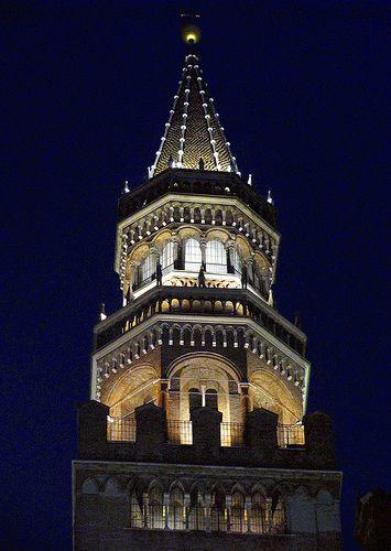Cremona - Il campanile del Torrazzo