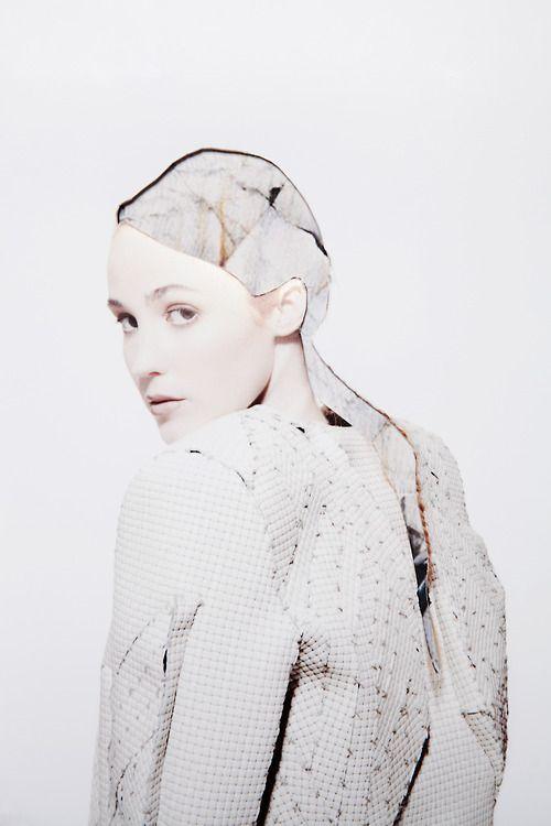 Designer - Aliosha Melis  MUA -