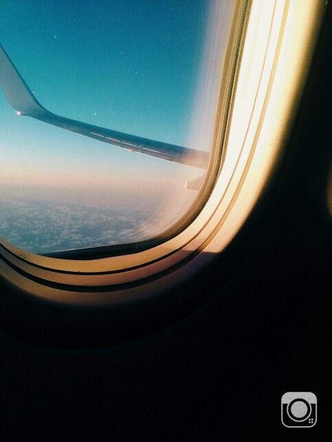 Flying to Raro