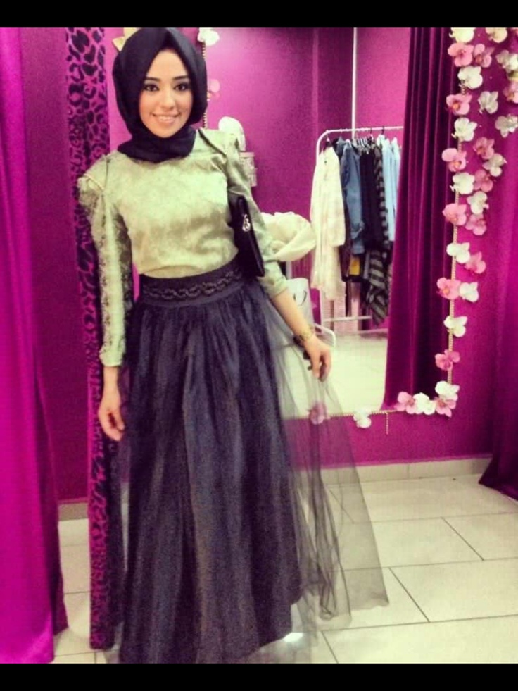 Black Tulle skirt with hijab <3