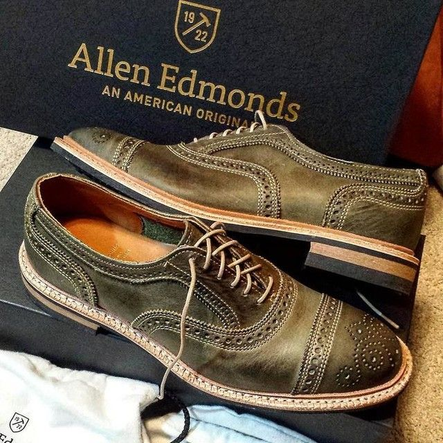 Allen Edmonds - OLIVE STRANDMOK CAP-TOE OXFORDS WITH DAINITE RUBBER SOLE