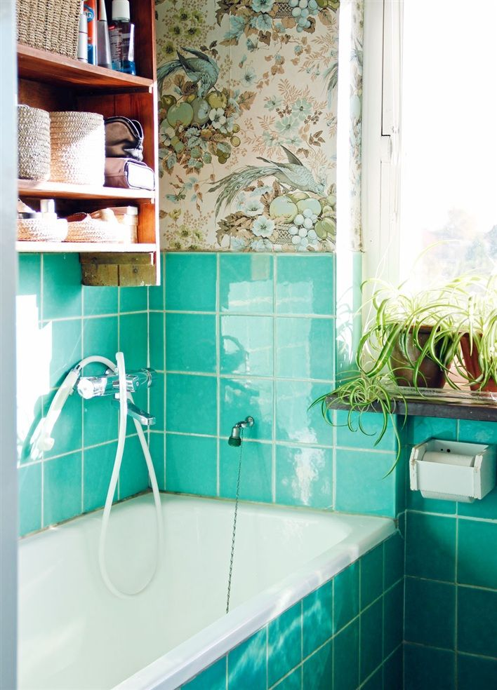 turquoise tiles bathroom best 25 bright green bathroom ideas on green 14838