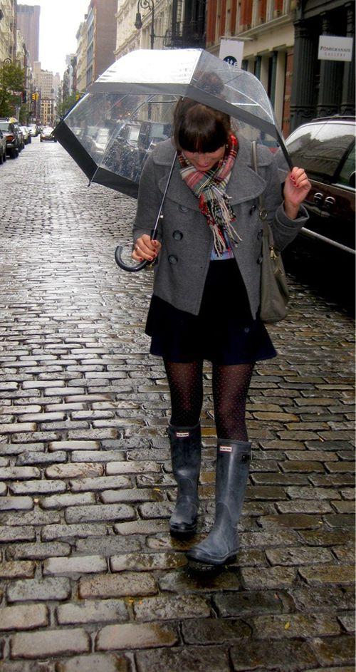 14 Pruebas de que las botas para la lluvia se ven bien con todo ⋮ Es la moda
