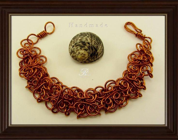 Obra realizada de forma manual, diseño flores de rociarte por DaWanda.com