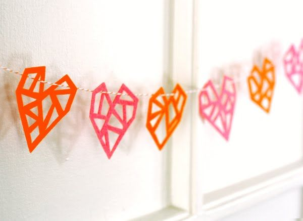 geometric felt heart garland.