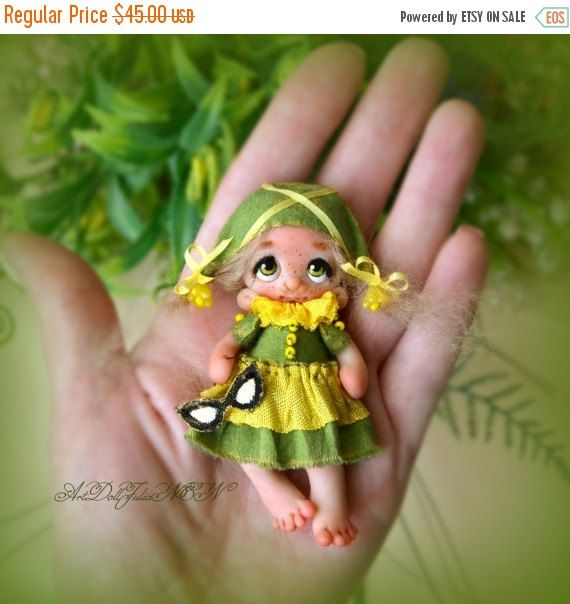This is a beautiful, handmade one-of-a-kind #polymer clay brooch.  SIZE: wide    5 cm   /  2,5    inches height 8 cm /    3,5    inches  * PLEASE note that the actual colors... #etsy #doll #decor #brooches #pasch #easter ➡️ http://jto.li/cLg23