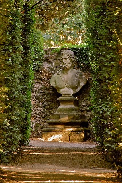 From the Boboli Garden, around Palazzo Pitti, in Florence by Hilde Kari, via Flickr