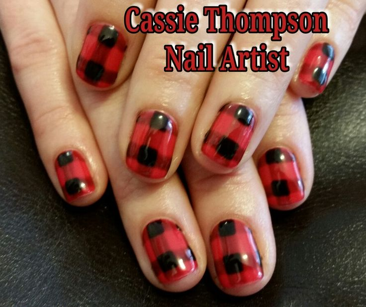 Buffalo check plaid hand painted nail art by Cassie Thompson nail artist of Vancouver WA Follow me on Instagram @ctnailartist