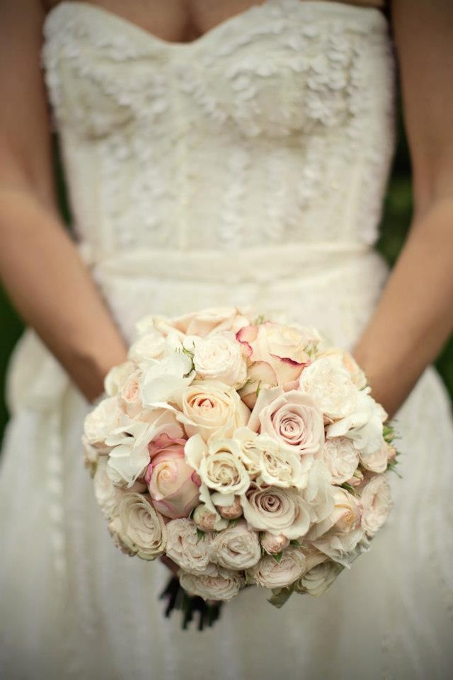 Zouch & Lamare Ltd www.zouchandlamare.com Wedding Bouquet #roses #ranunculas