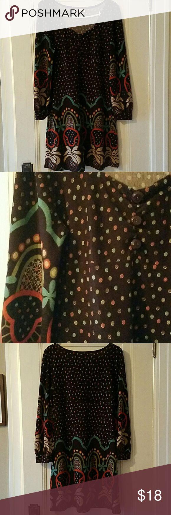 Women's long sleeve sweater dress Women's long sleeve sweater dress Previously loved and worn maybe 3 times Aryeh Dresses Long Sleeve