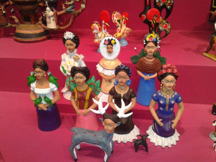 interpretación que hace Guillermina Aguilar,  del autorretrato de Frida Kahlo con mono, que la artista pintó en 1938.