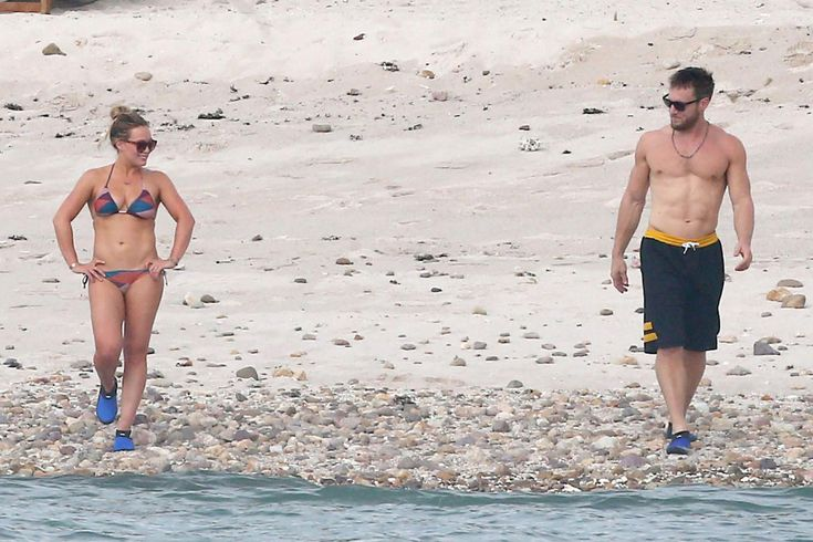 Hilary Duff Rocks $128 ViX Bikini Set in Mexico with Boyfriend Jason Walsh