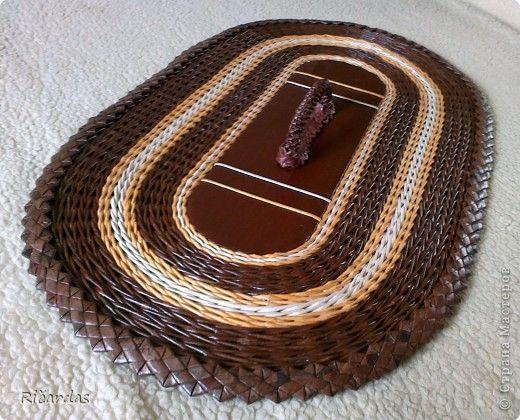 Поделка изделие Плетение Небольшая корзинка Бумага газетная Картон Клей Проволока фото 13
