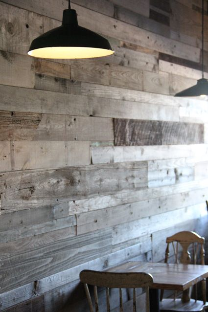 Love love this recycled timber wall by the talented Ariele, in Brooklyn's il vecchio