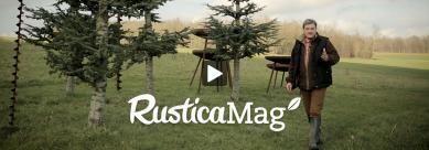 Les bons gestes pour semer sa pelouse expliqué par Hubert le jardinier pour Rustica.fr !