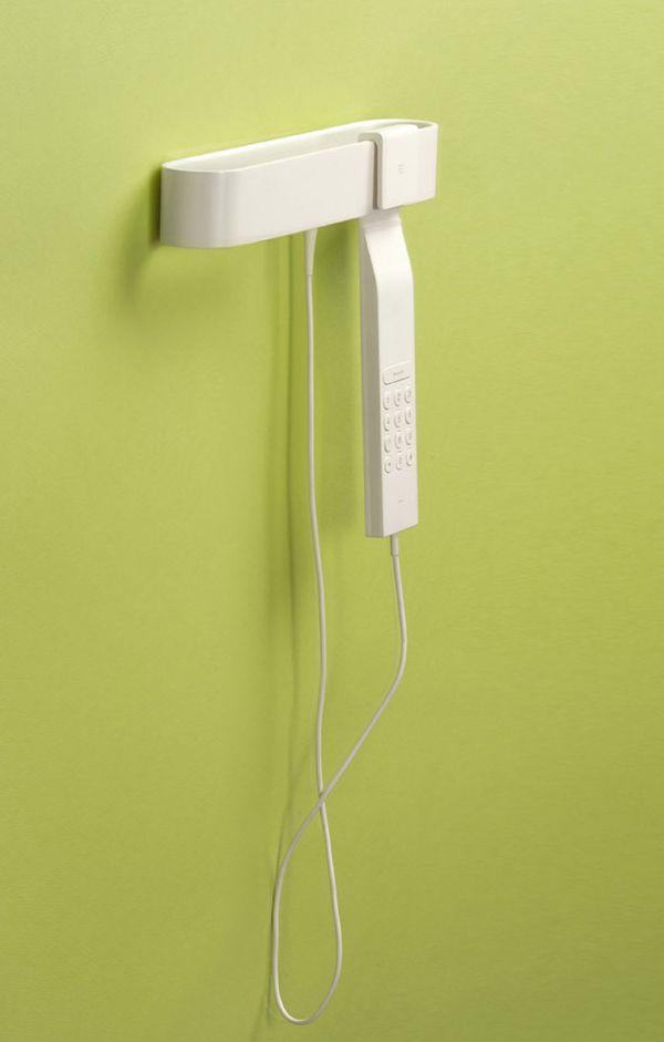 Hang the phone
