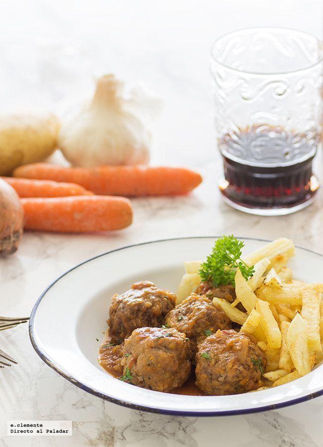 Las 31 recetas que tienes que conocer antes de independizarte. Recetas de entrantes, primeros platos, legumbres, pescados, carnes y postres. Básic...