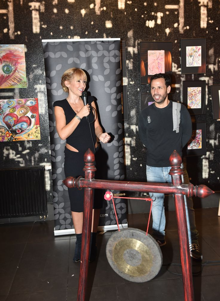 SSZ ART - Katka and Shahaf during the speech. You can admire art of Katka till 5. 10. 2014 in SaSaZu restaurant.
