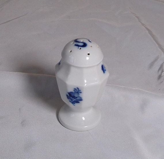 Vintage Royal Copenhagen Pepper Pot Blue and White by DutchTrader, £12.00