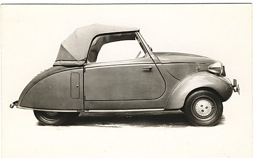 Mochet by cycleczar, via Flickr- a tiny car to go with your tiny house