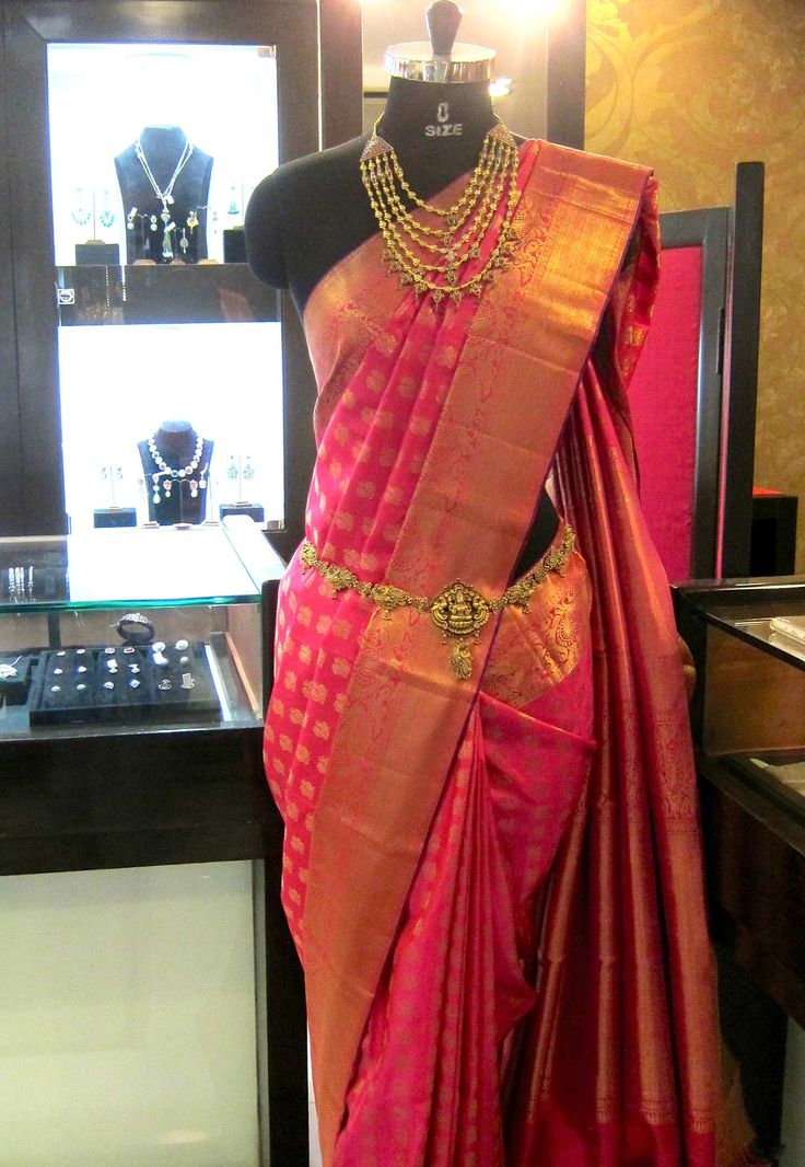 Pure handloom Kanchivaram silk saree in fuscia pink tone on display @ Sakhi's showcase +91 9900033636 / contact@SakhiFashions.com https://www.facebook.com/SakhiFashions