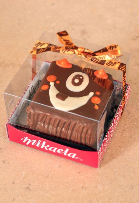 Torta de brownie en caja