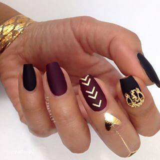 sharp blackand gold nails - Google Търсене