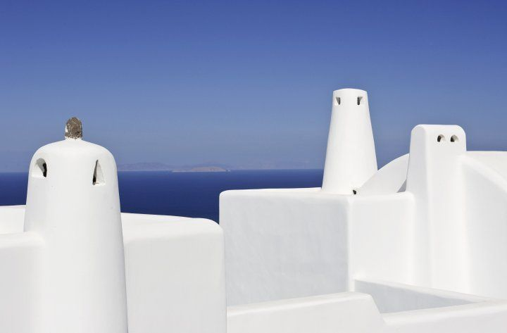 Minimal-Traditional-Chimneys-Architect-Detail-Cob-Hotel-Oudoor-White-Blue-Greek-Island-Summer